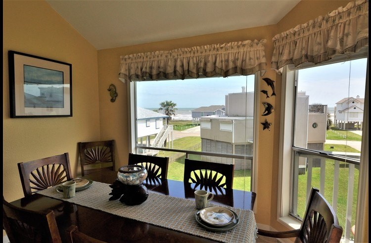Great ocean views in this beach home rental
