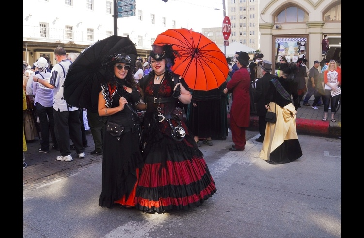 Ladies at the Dickens on the Strand Galveston event