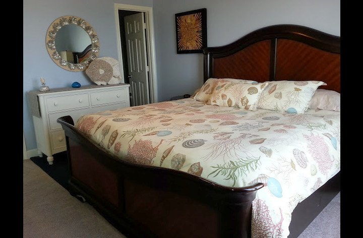 King size bed in the master bedroom - comfort!!